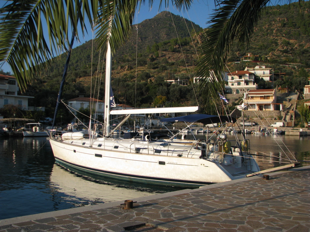 Crew-Ella af Hunnestad i hamn i Grekland